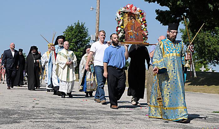 Eastern Catholic Monks Lead Pilgrimage The Compass